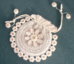 irish crochet purse